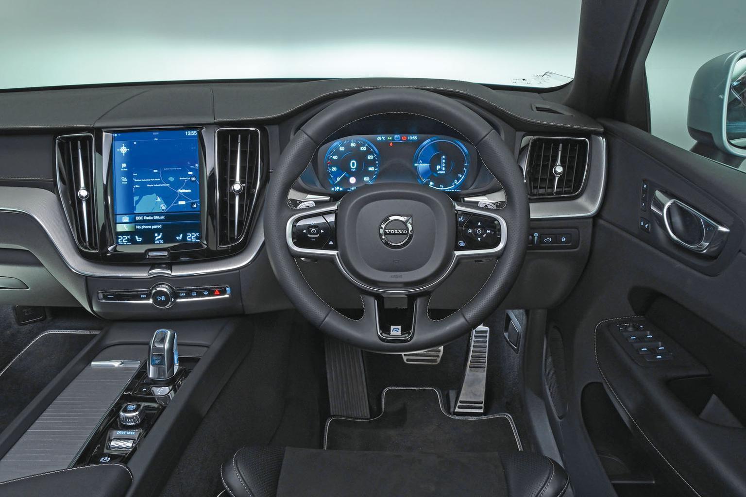 Build Audi Q5 >> Audi Q5 Diesel Vs Volvo Xc60 Hybrid What Car