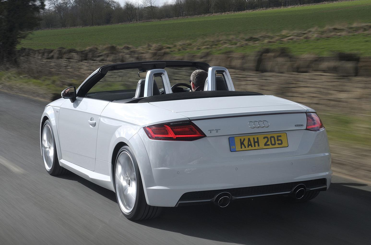 2016 audi tt roadster 1 8 tfsi review what car. Black Bedroom Furniture Sets. Home Design Ideas