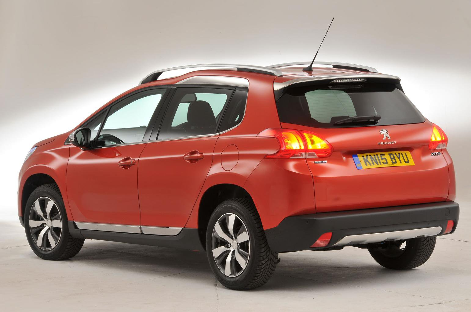 5 reasons to buy a Peugeot 2008