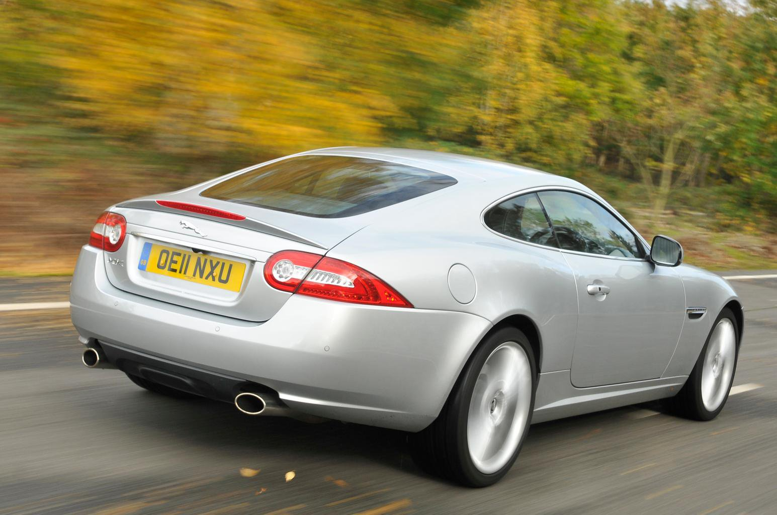 Used BMW 6 Series Coupe vs Jaguar XK