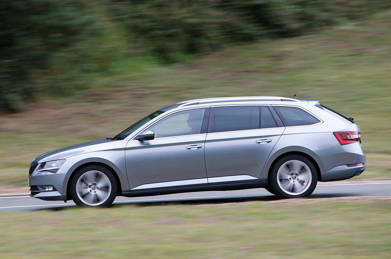 Used Ford Mondeo Estate vs Skoda Superb Estate
