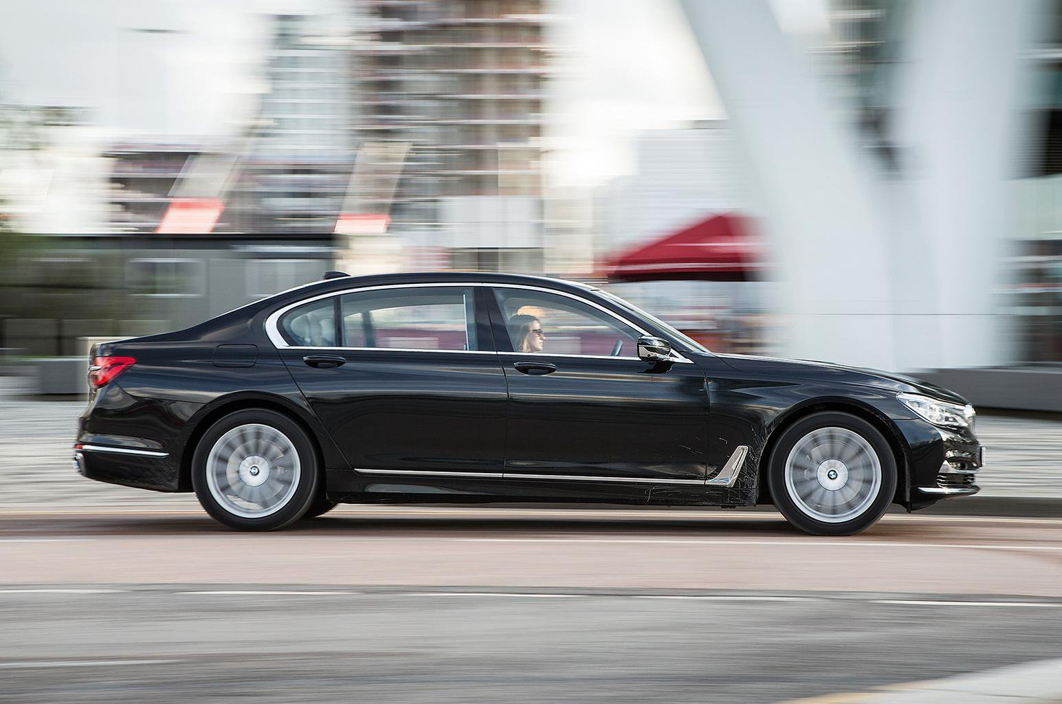 Used test: BMW 7 Series vs Mercedes-Benz S-Class