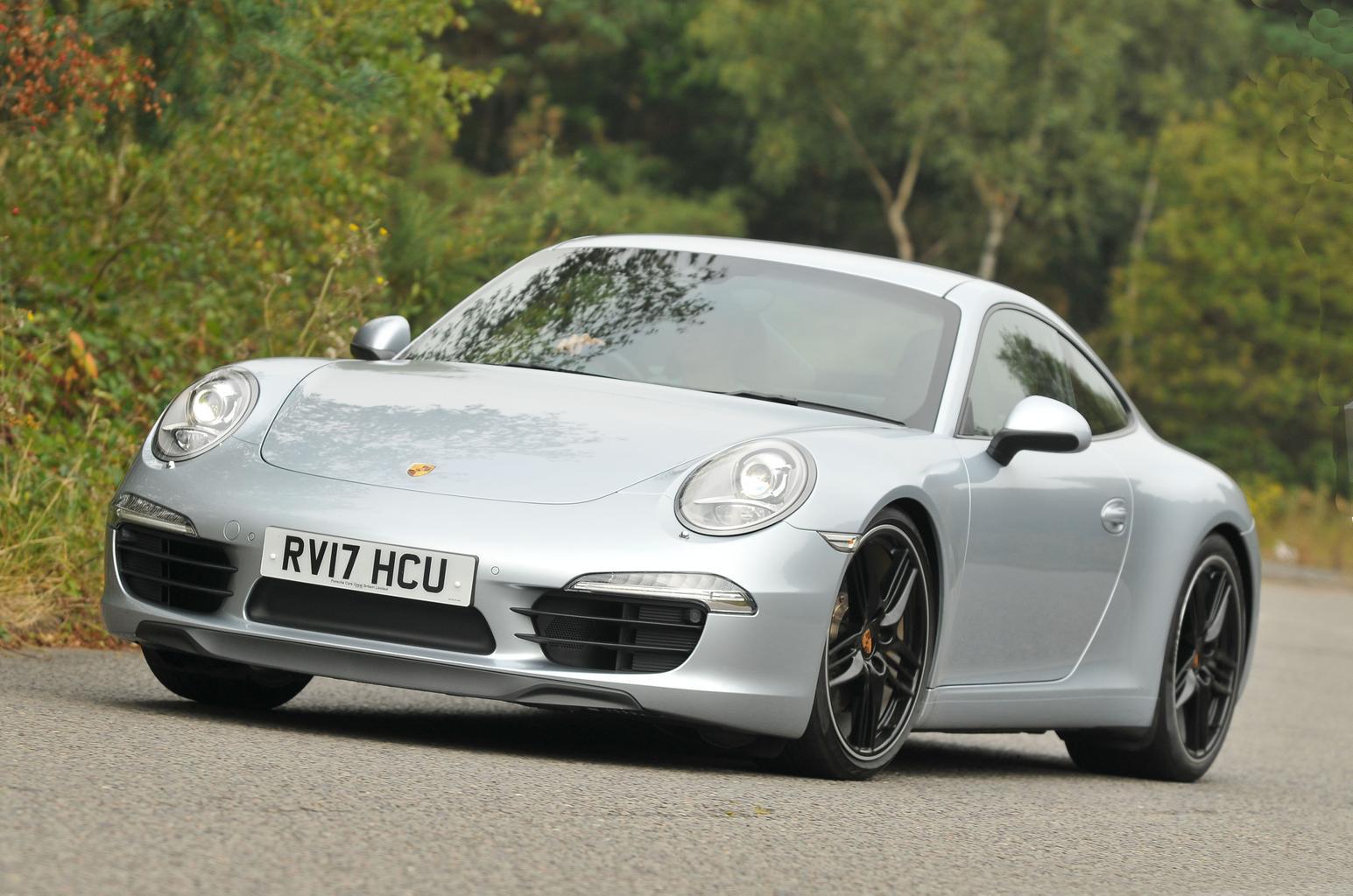 Bmw I8 Vs Porsche 911 What Car