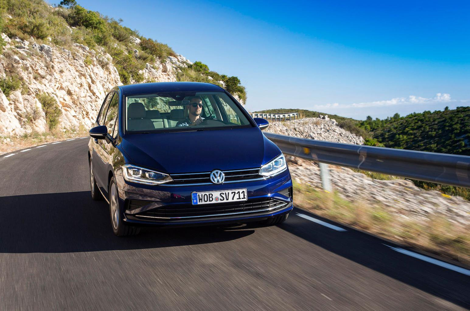2017 Volkswagen Golf SV review - price, specs and release date