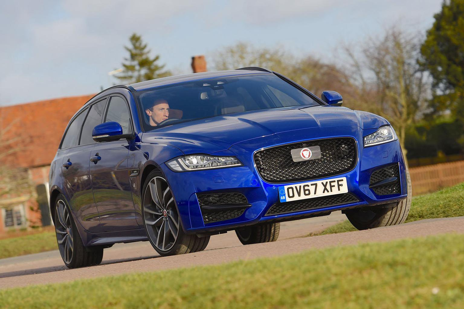 New Jaguar XF Sportbrake vs BMW 5 Series Touring