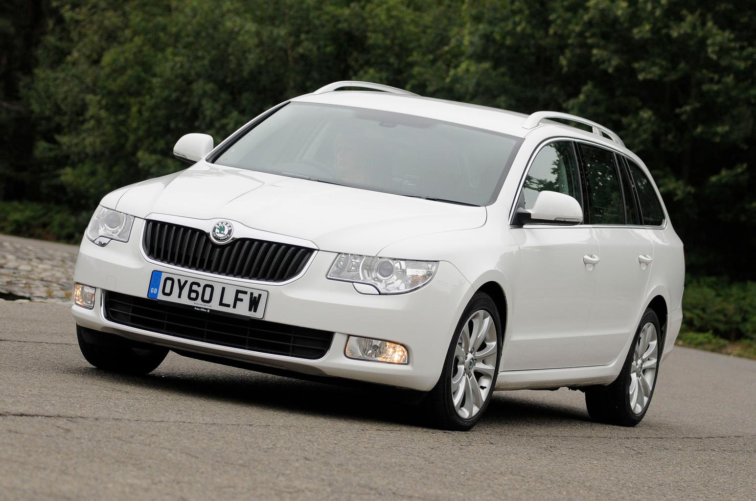 Used estate cars tested: Ford Mondeo vs Skoda Superb vs Peugeot 508