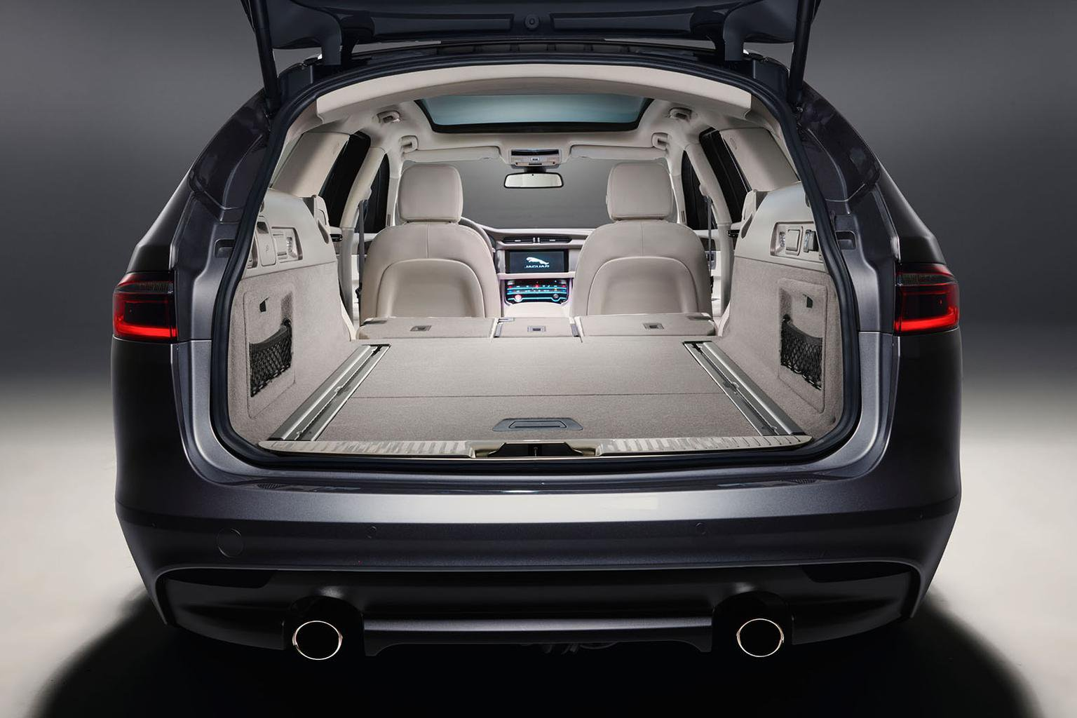 New Jaguar XF Sportbrake in pictures