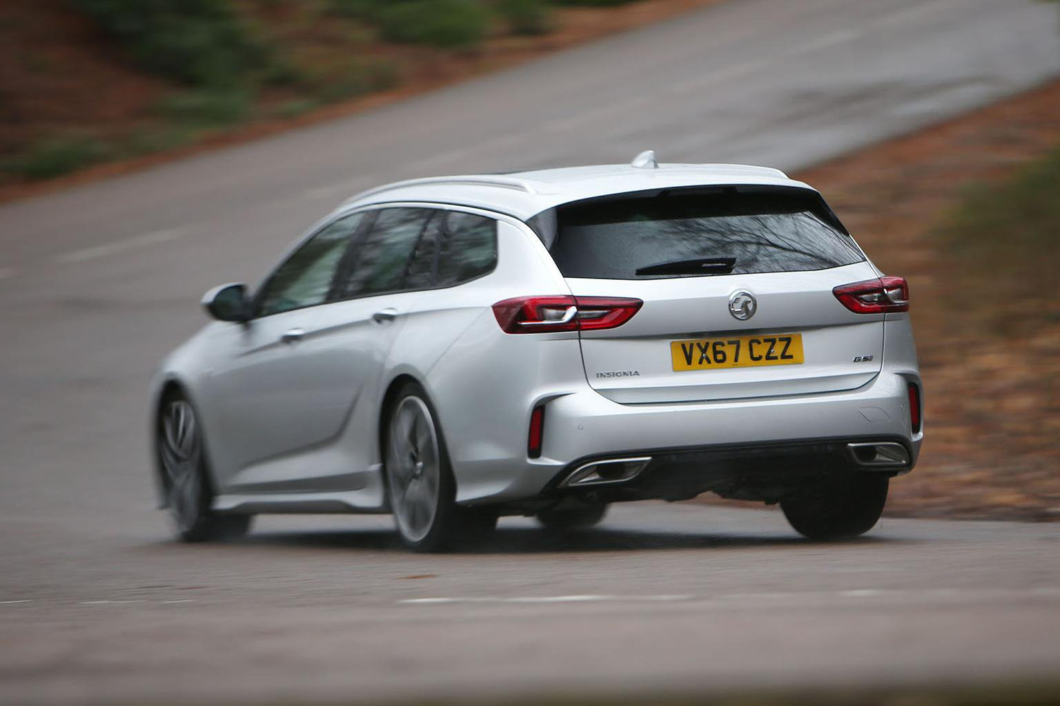 2018 Vauxhall Insignia Sports Tourer GSi review - price, specs and release date