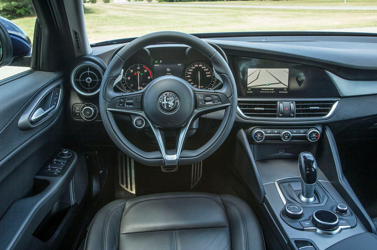 2016 Alfa Romeo Giulia 2.2 MultiJet 180 review