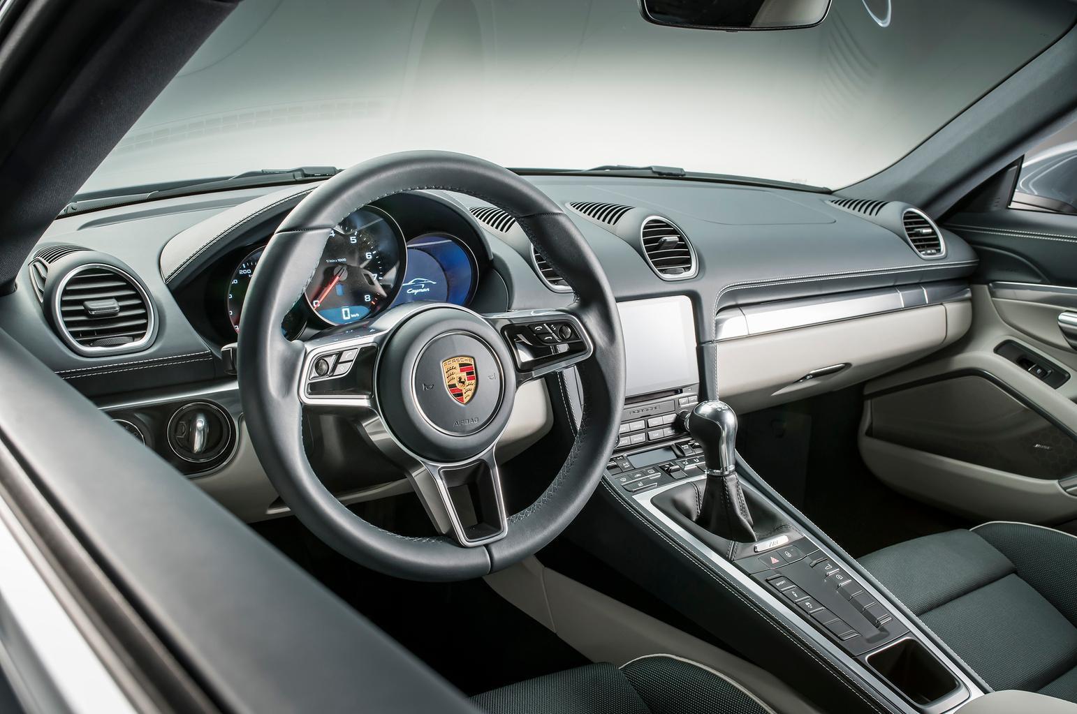 New Porsche 718 Cayman revealed