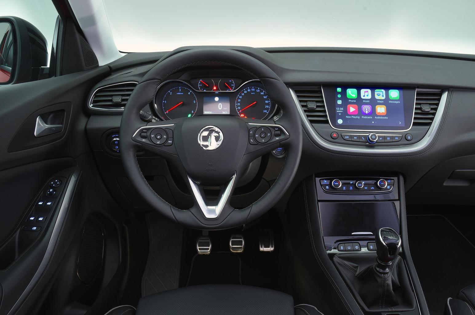 New Vauxhall Grandland X targets Nissan Qashqai