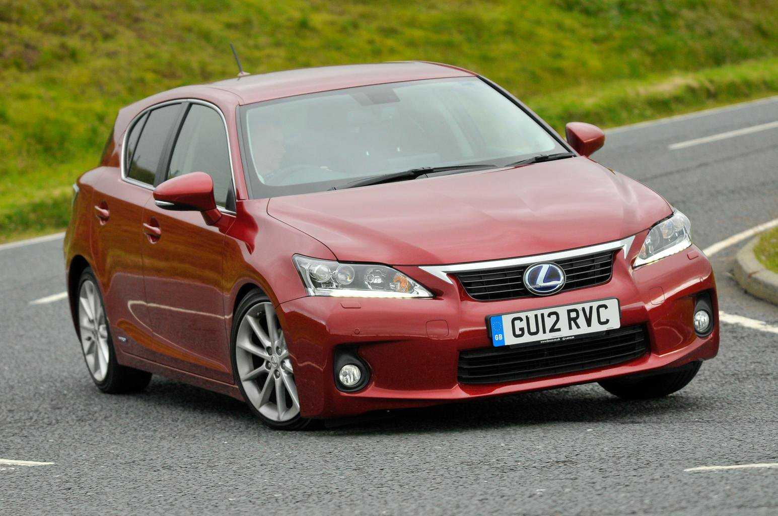 Used BMW 1 Series vs Lexus CT200h vs Volkswagen Golf vs Volvo V40