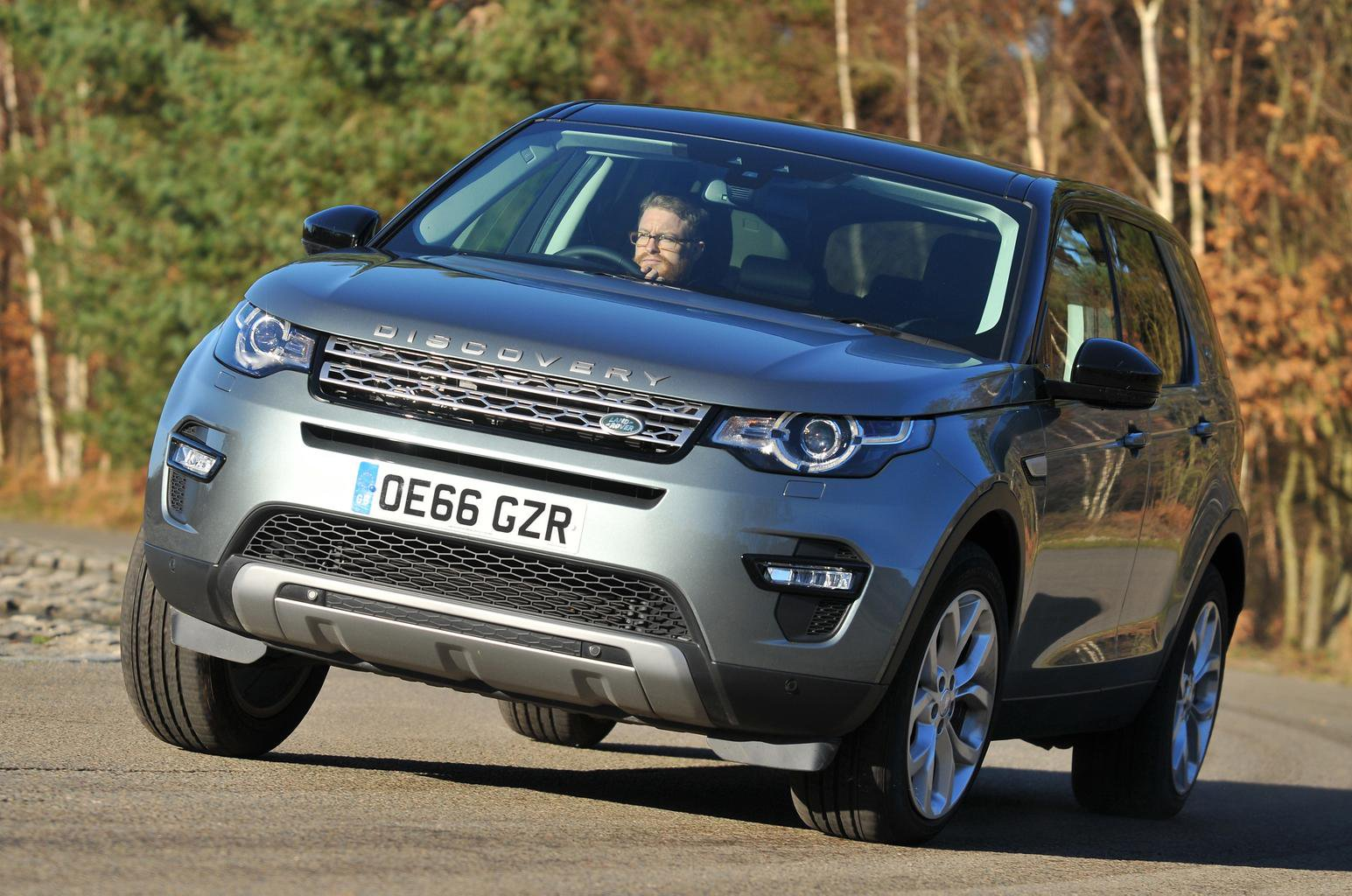 BMW X3 vs Land Rover Discovery Sport vs Mercedes GLC