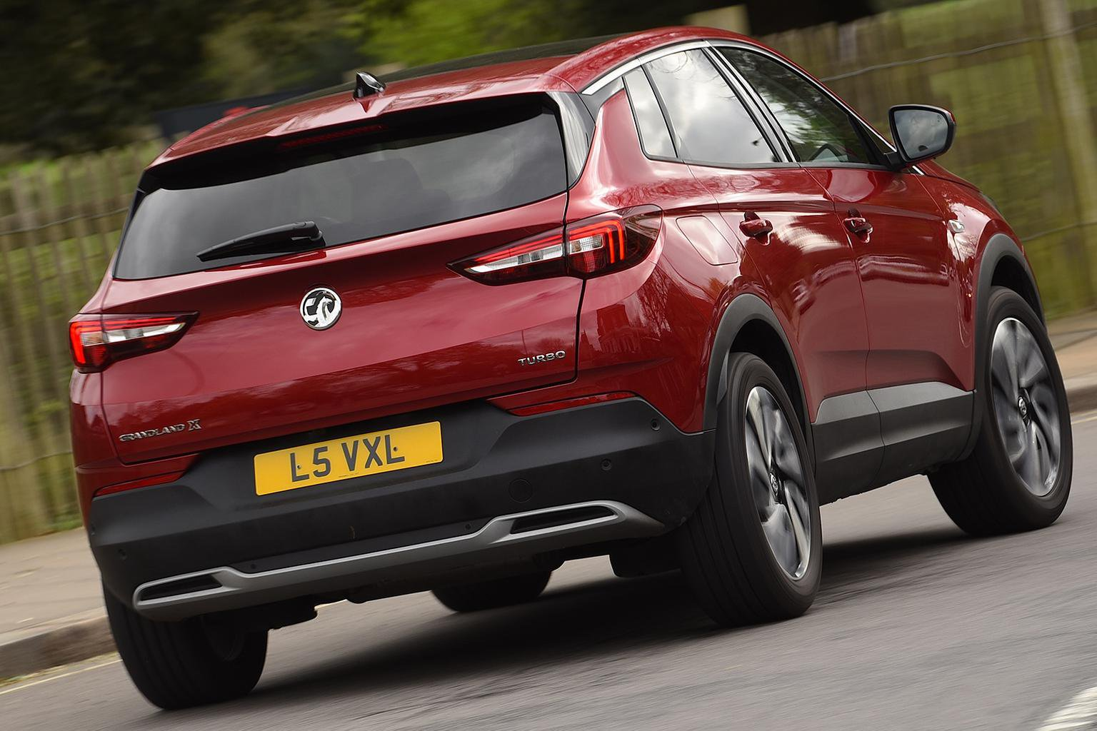 2018 Vauxhall Grandland X 2.0 Turbo D Ultimate – price, specs and release date