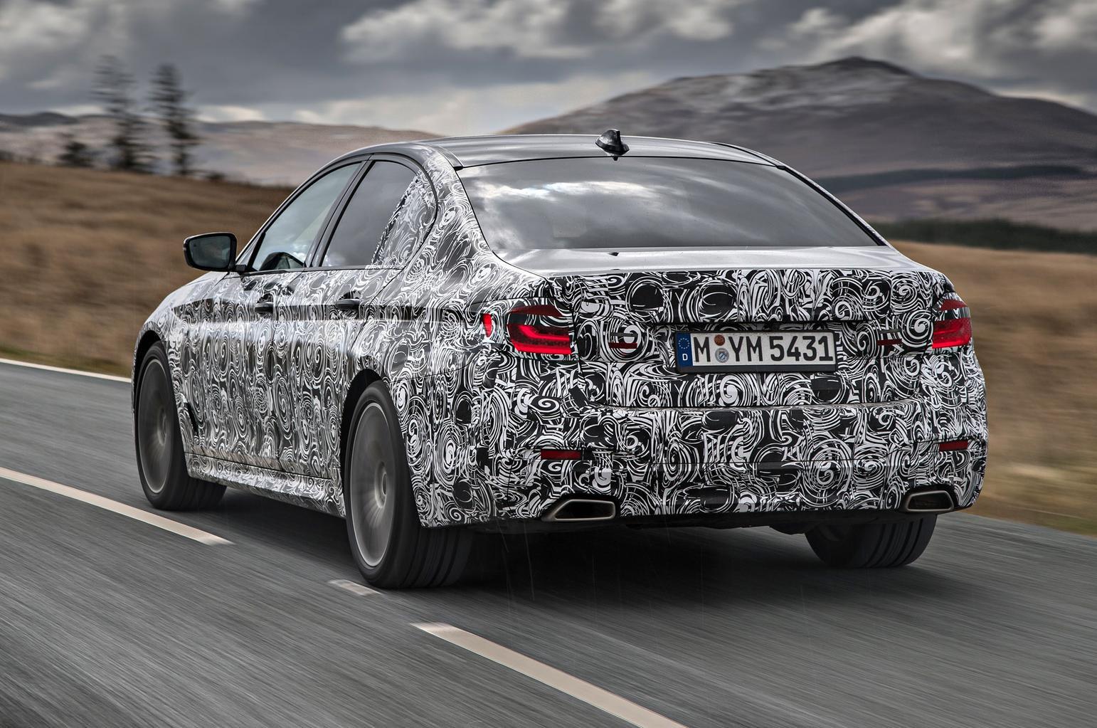 2017 BMW 5 Series prototype review