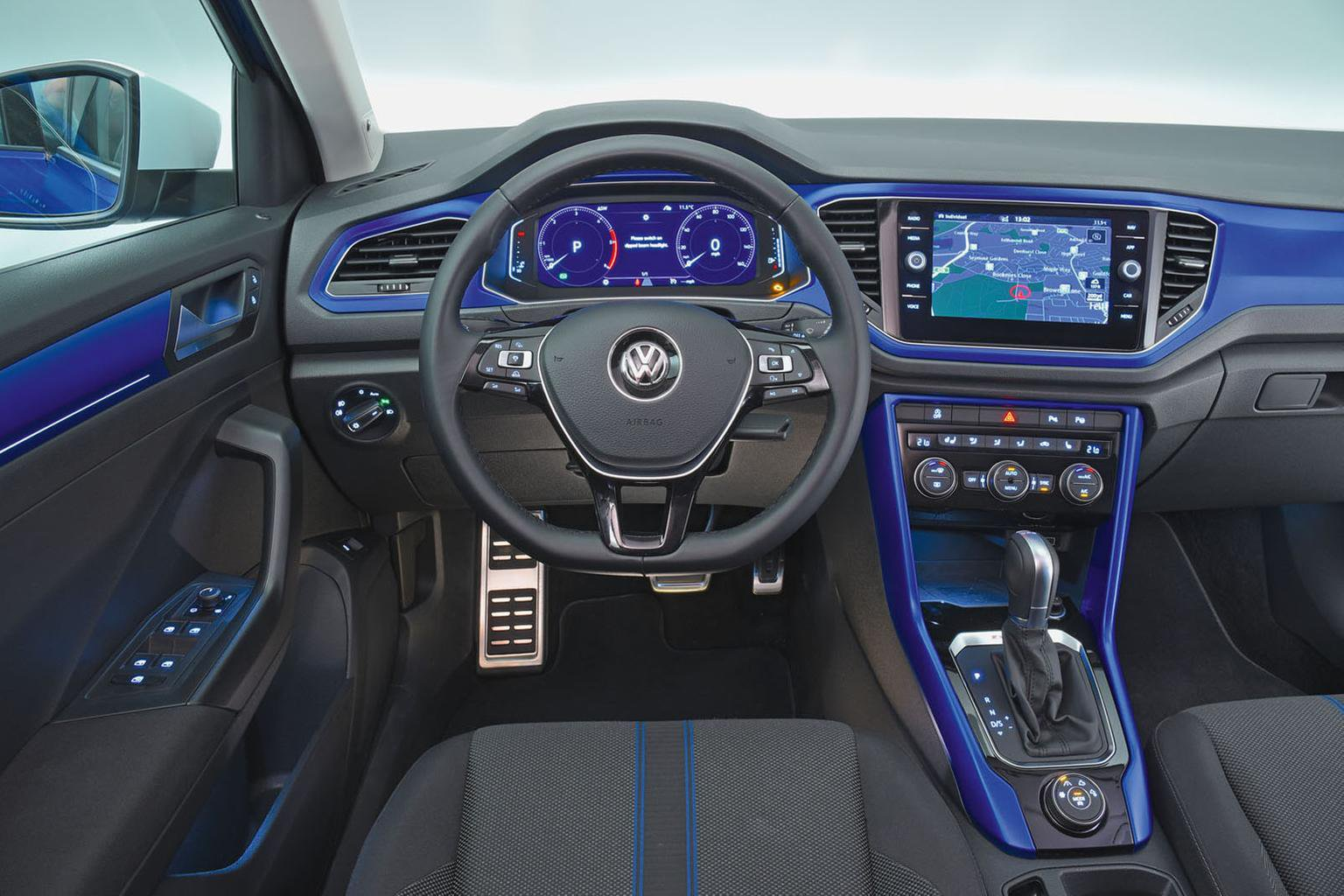 New Volkswagen T-Roc vs Audi Q2 vs Mini Countryman
