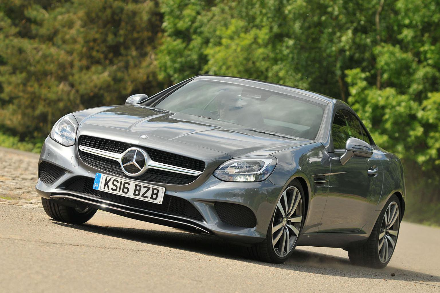 Audi TT Roadster vs Mercedes-Benz SLC