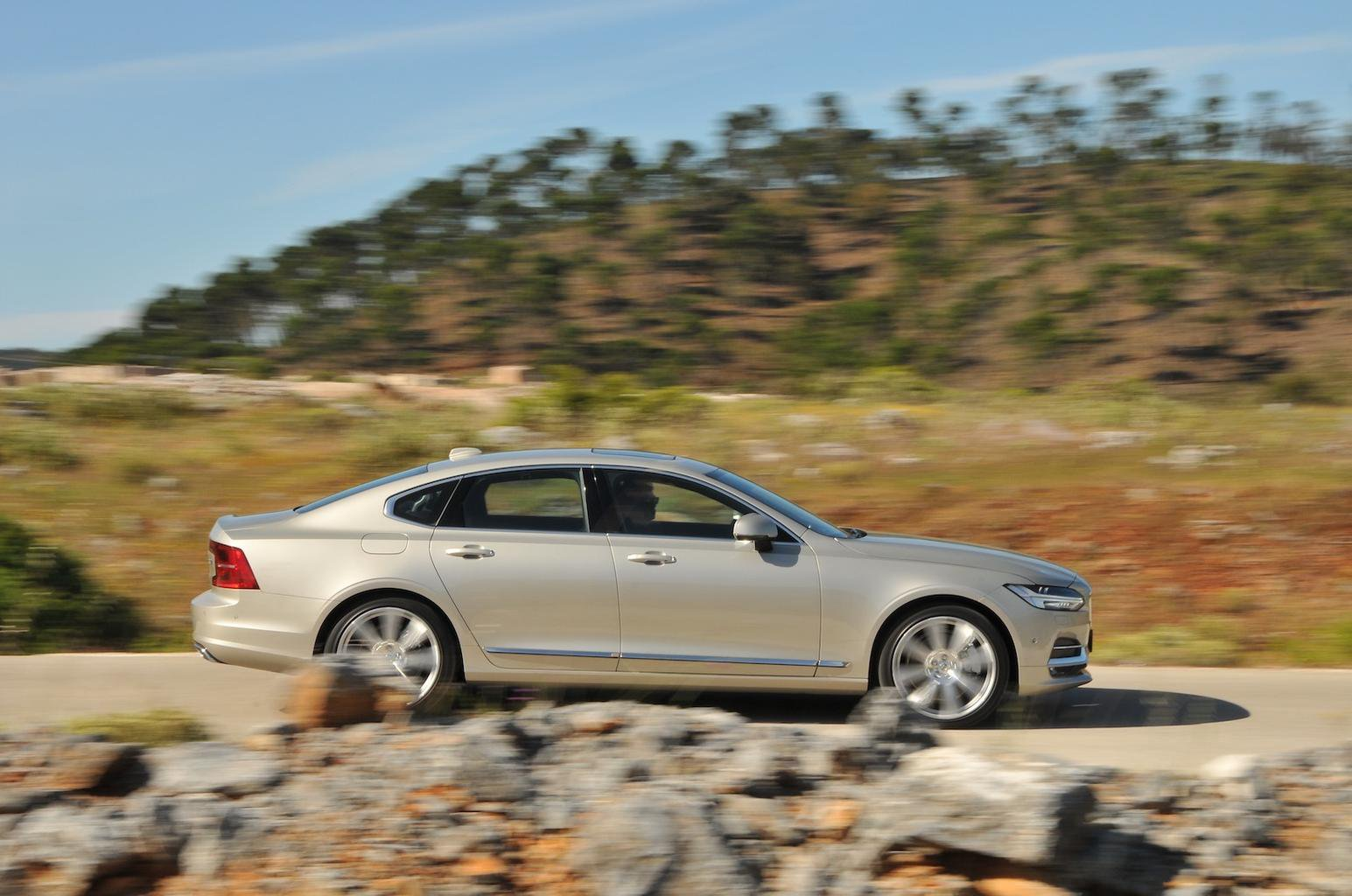 2016 Volvo S90 D5 review