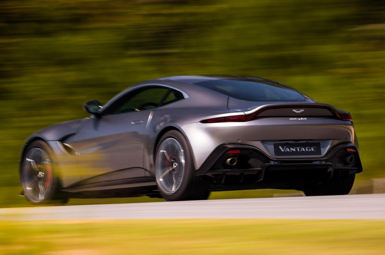 2018 Aston Martin Vantage revealed –price, specs and release date