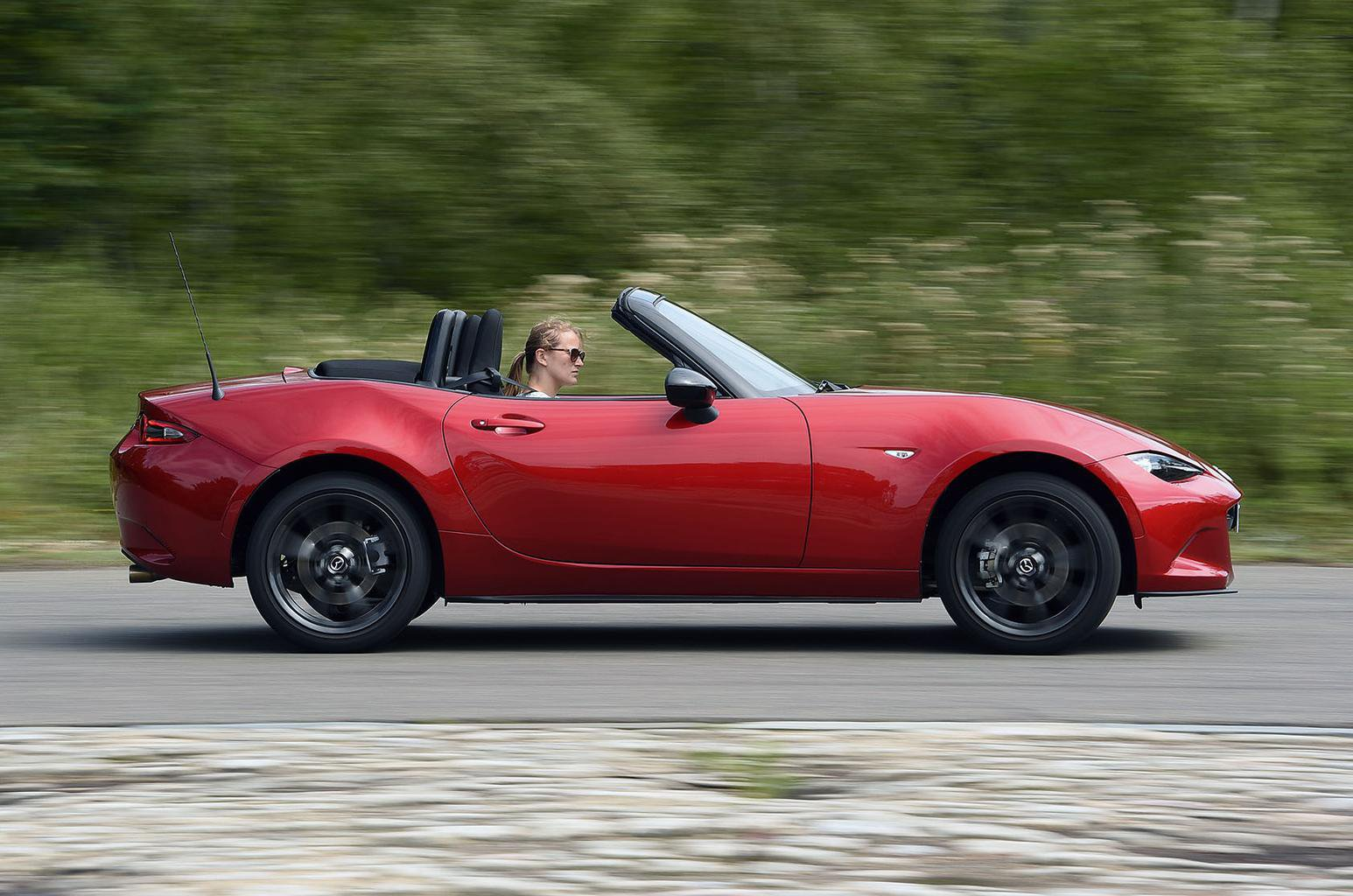 Used test: Mazda MX-5 vs Toyota GT86