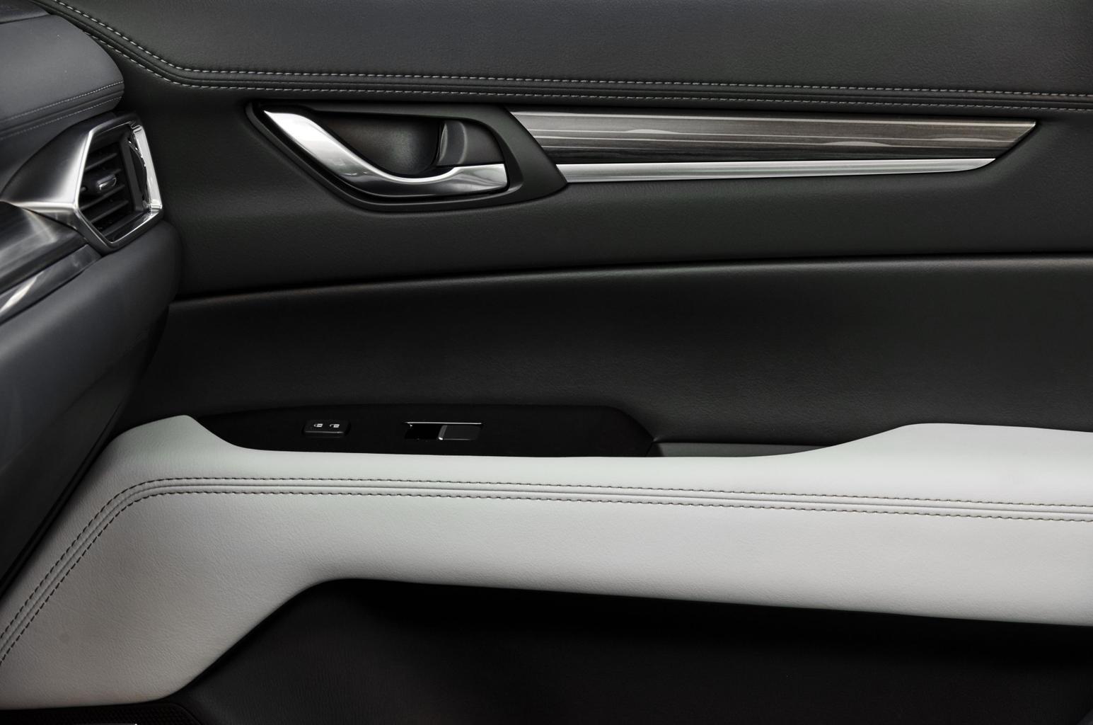 2017 Mazda CX-5 gallery