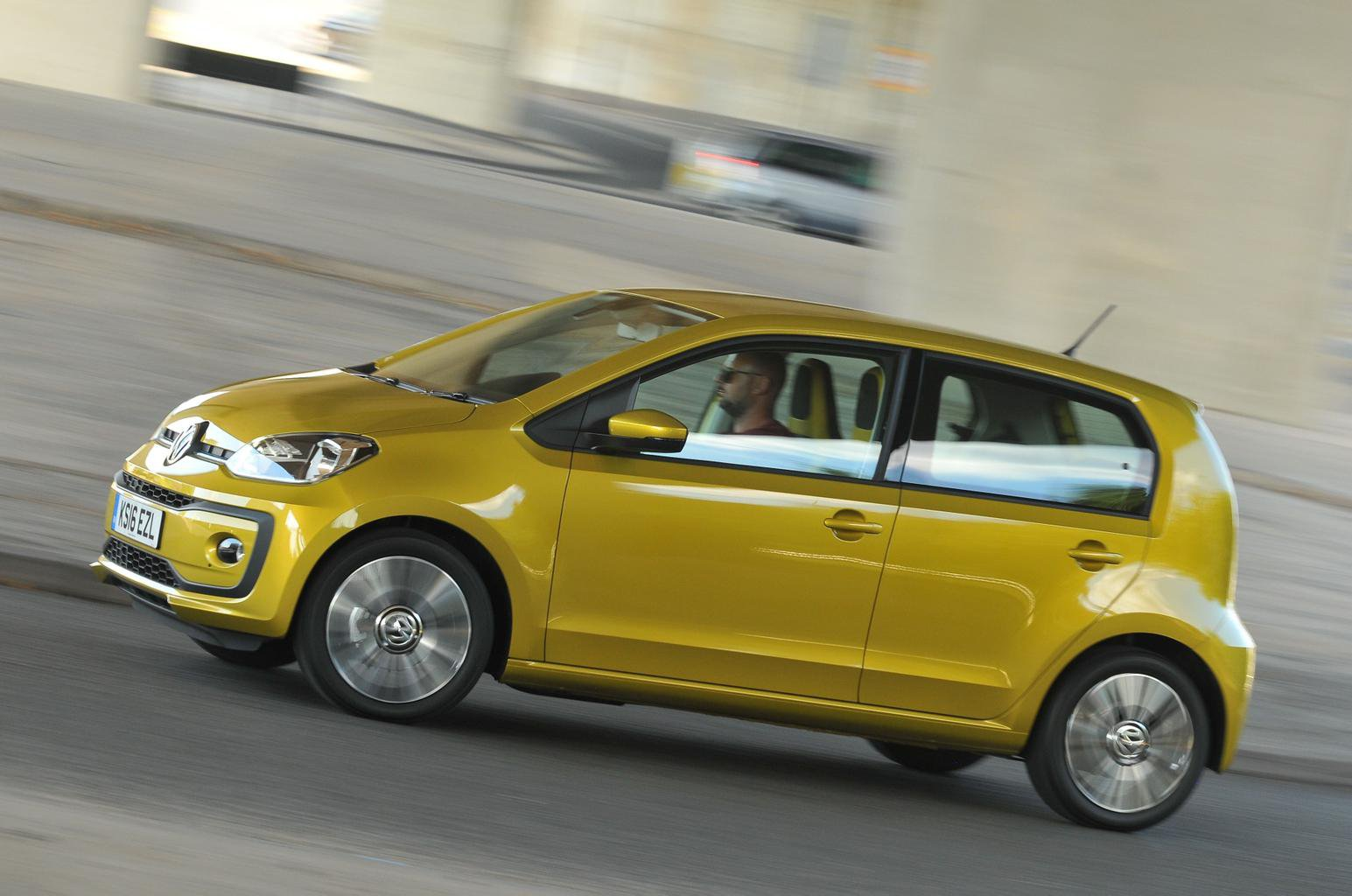 New Volkswagen Up vs Hyundai i10 vs Renault Twingo