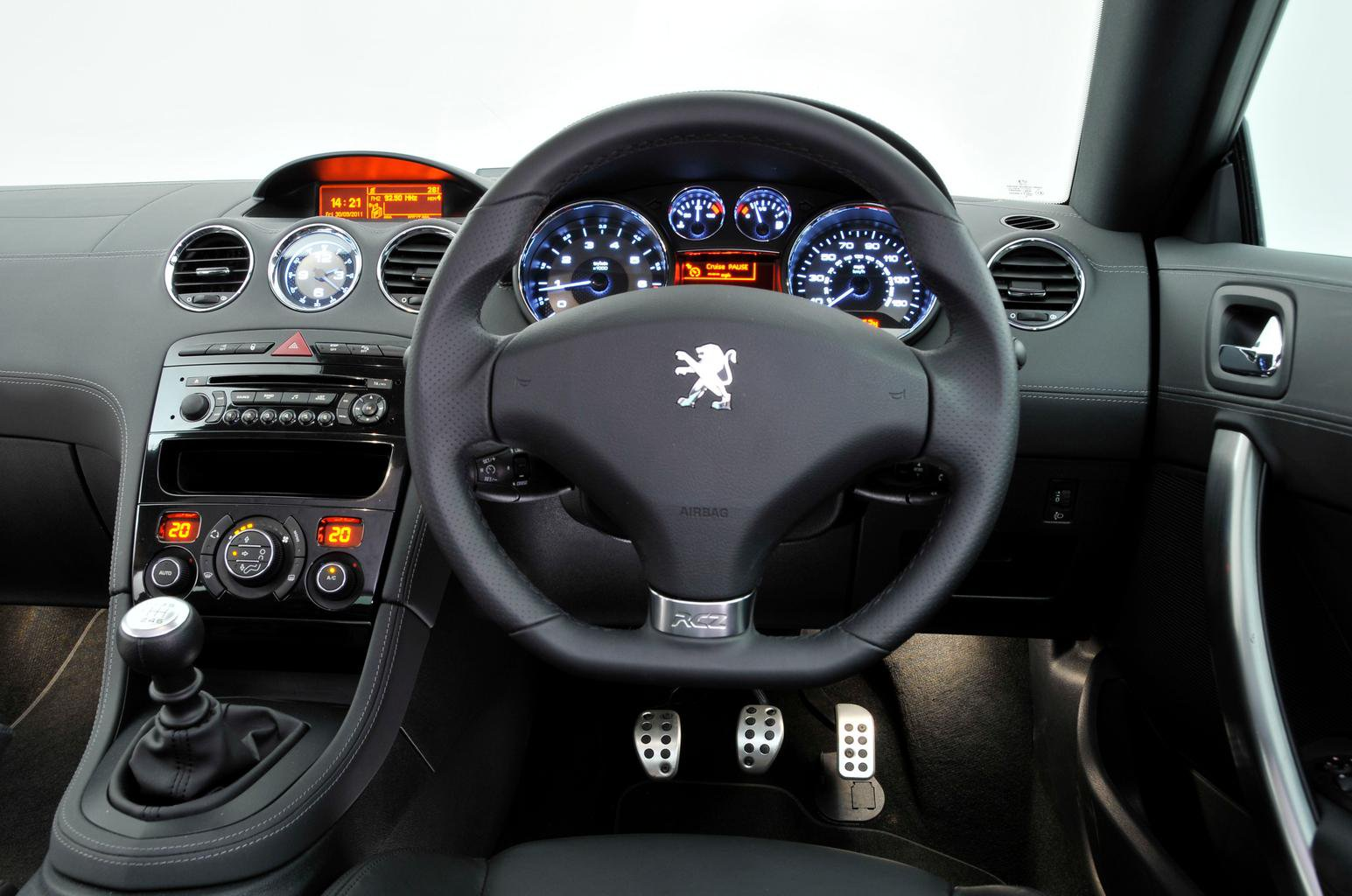 Used test – sporty coupés: Mini Coupe vs Peugeot RCZ vs Volkswagen Scirocco