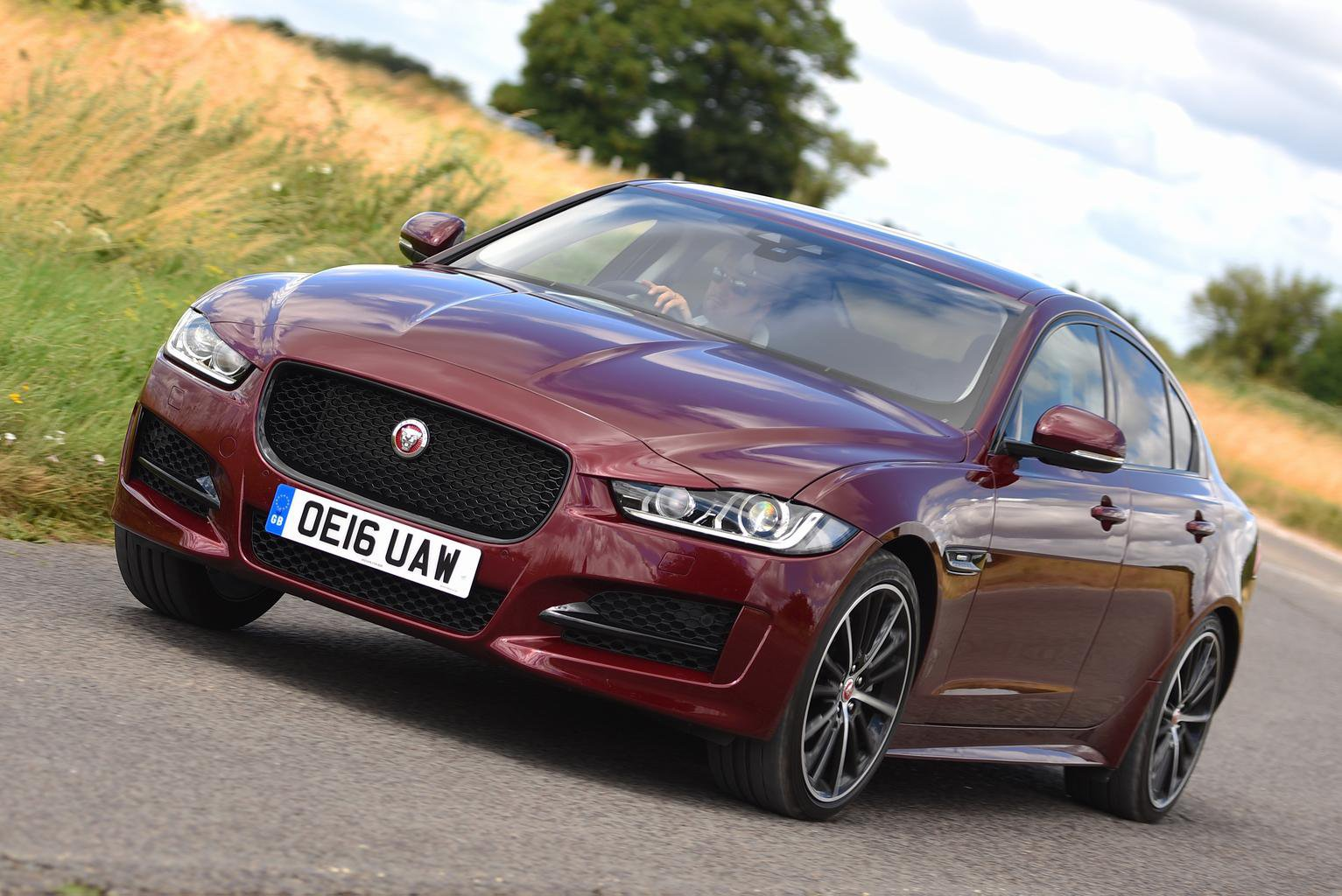 2016 Jaguar XE 2.0d 180 AWD R Sport review