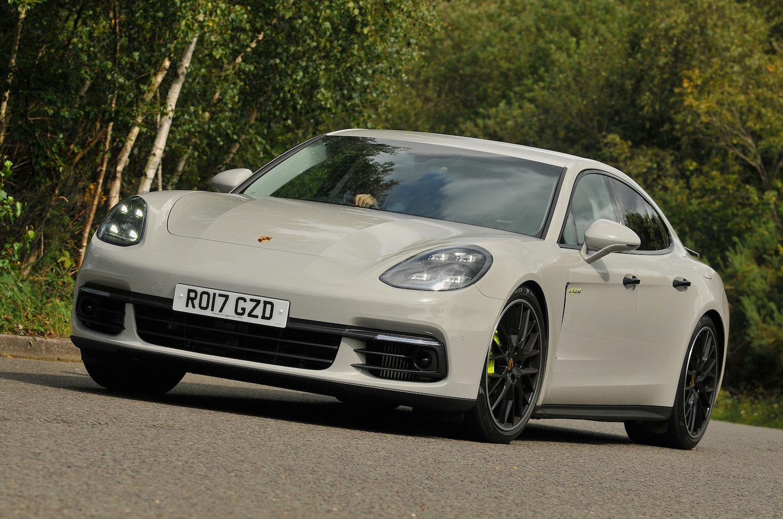 2017 Porsche Panamera 4 E Hybrid Review Price Specs And Release Date