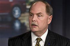 GM's boss to step down