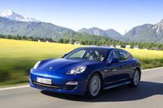 Porsche Panamera S E-Hybrid driven