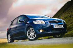 Two more trims for Toyota Auris