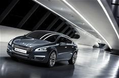 Peugeot reveals '5' concept car