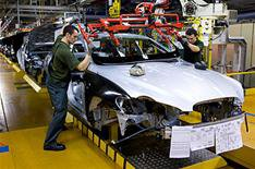 Jaguar Land Rover changes pay day