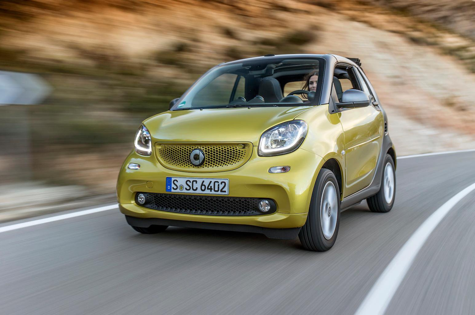 2016 Smart Fortwo Cabrio 90 Twinamic review