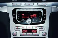 Digital radio switch could be by 2015