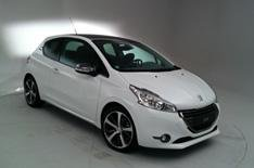 Peugeot 208 exclusive preview