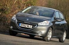 2013 Peugeot 208 1.0 VTi review