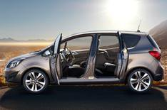 Vauxhall Meriva's interior revealed