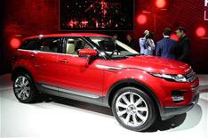 Land Rover ditches Detroit for Delhi