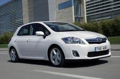 Toyota Auris Hybrid production starts