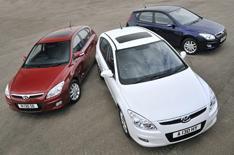 Hyundai i30 turns red, white and blue