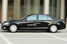 Hybrid goal for Mercedes