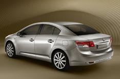 New Toyota Avensis revealed