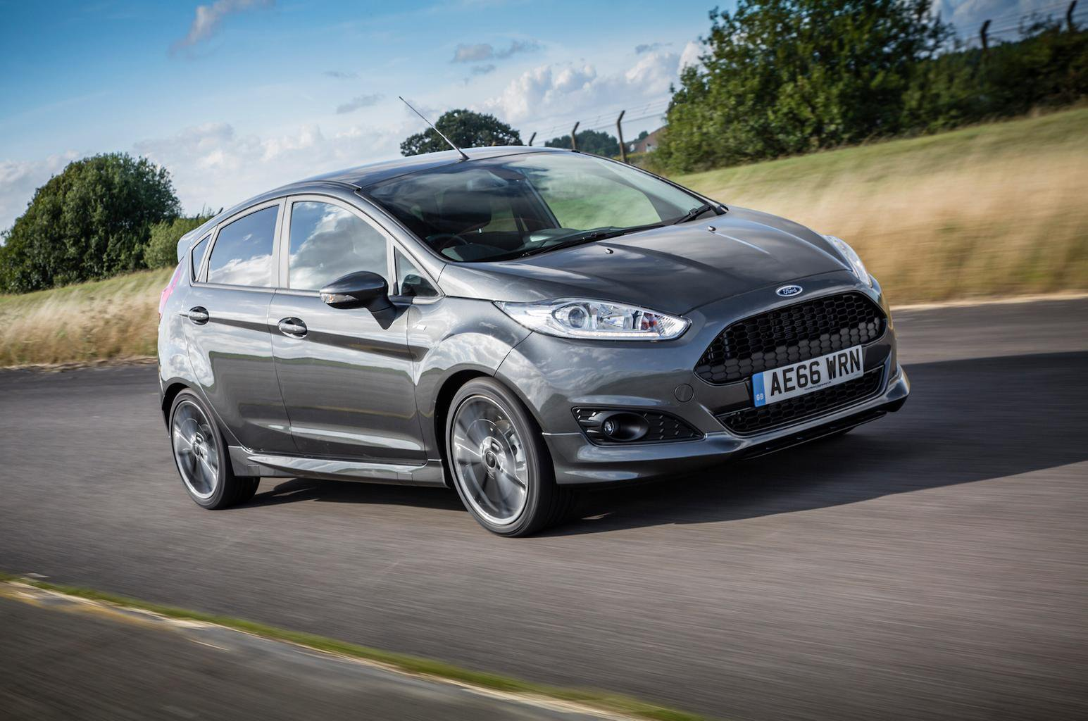 2016 Ford Fiesta 1.0 Ecoboost 140 ST-Line review