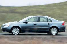 Volvo's luxury range gets more kit