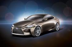 Lexus IS coupe planned for 2014