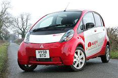 Mitsubishi tests electric car in UK