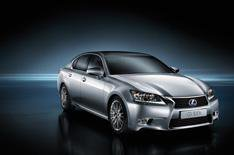 Lexus GS300h to join the range