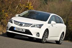 2012 Toyota Avensis Tourer review